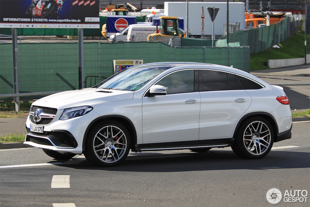 mercedes amg gle 63 coupe 10 juillet 2015 autogespot. Black Bedroom Furniture Sets. Home Design Ideas