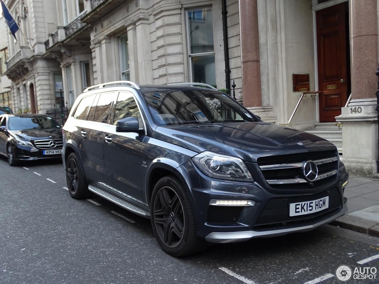 Mercedes benz gl 63 amg x166 10 july 2015 autogespot for Mercedes benz gl amg 2015