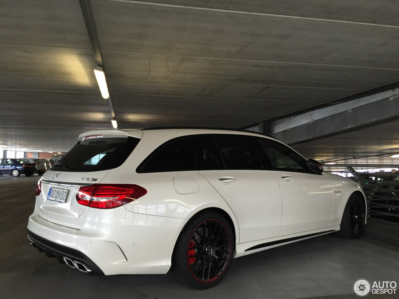 mercedes amg c 63 s estate s205 edition 1 12 july 2015. Black Bedroom Furniture Sets. Home Design Ideas