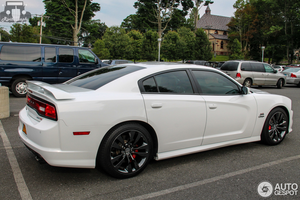 Dodge Charger Srt 8 2012 13 July 2015 Autogespot