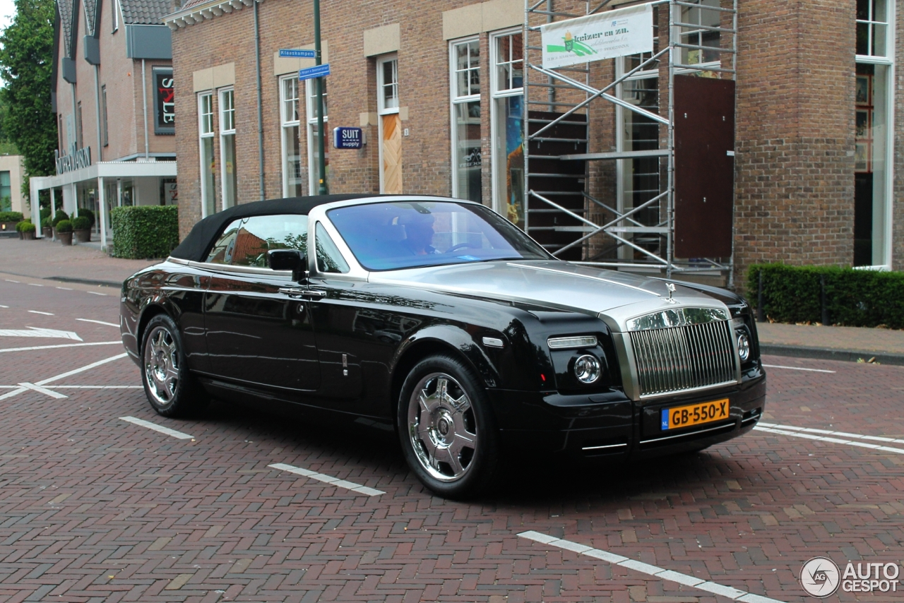 rolls royce phantom drophead coup 13 juli 2015 autogespot. Black Bedroom Furniture Sets. Home Design Ideas