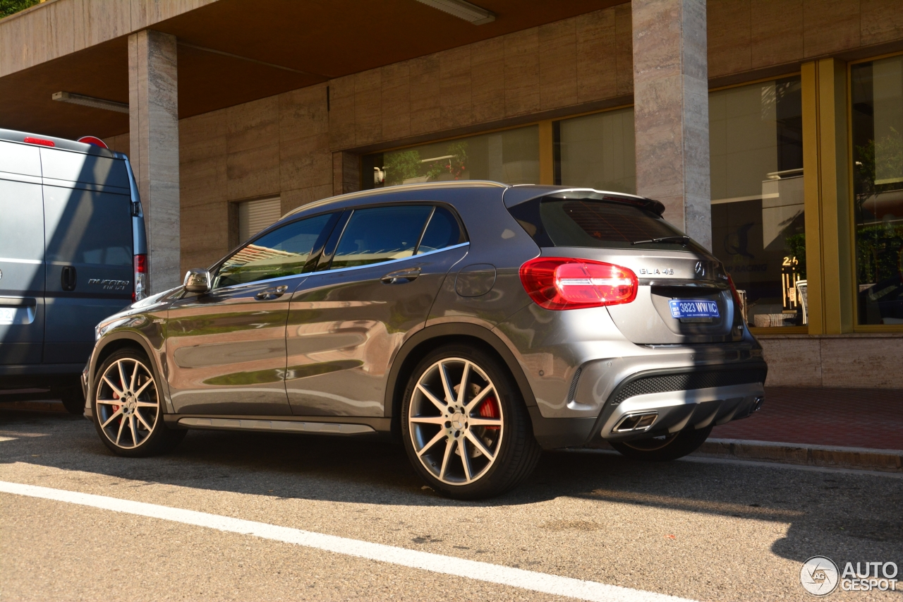 Mercedes benz gla 45 amg x156 14 july 2015 autogespot for Mercedes benz gla 45 amg price