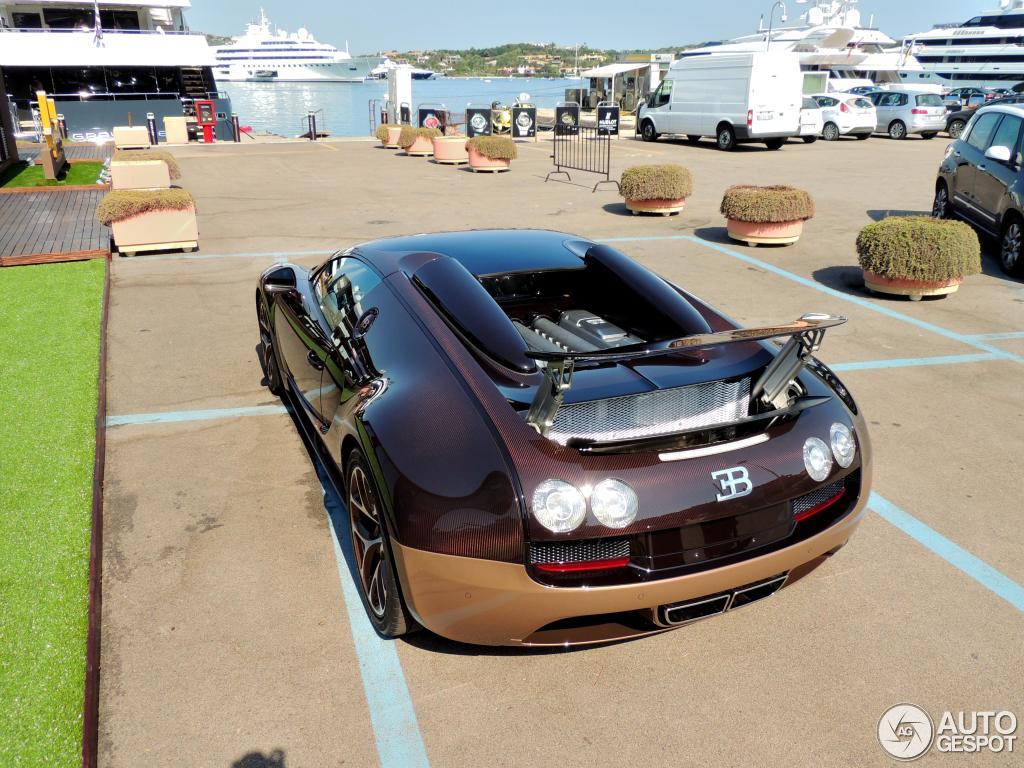 bugatti veyron 16 4 grand sport vitesse 21 luglio 2015 autogespot. Black Bedroom Furniture Sets. Home Design Ideas