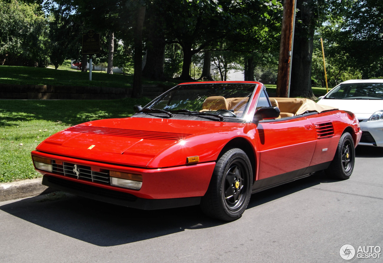 ferrari mondial t cabriolet 27 july 2015 autogespot. Black Bedroom Furniture Sets. Home Design Ideas