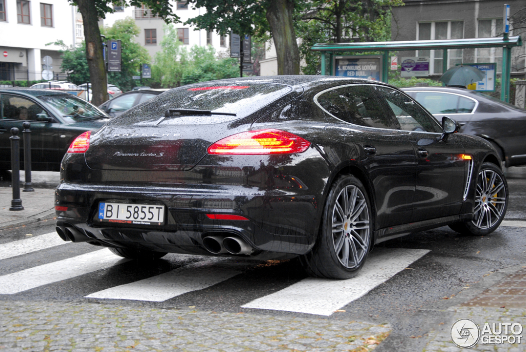 porsche 970 panamera turbo s mkii 27 july 2015 autogespot. Black Bedroom Furniture Sets. Home Design Ideas