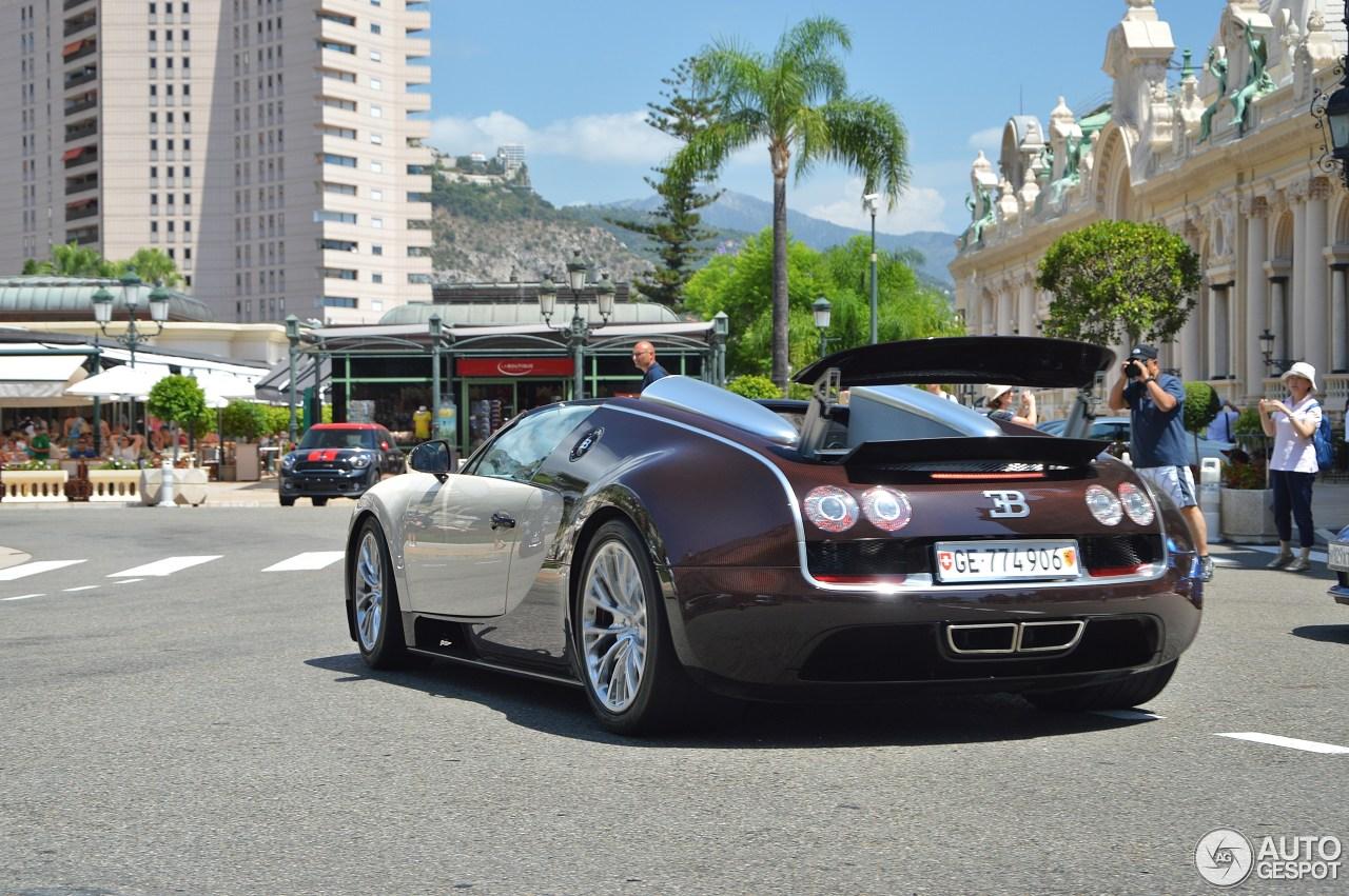 bugatti veyron 16 4 grand sport vitesse 31 juli 2015 autogespot. Black Bedroom Furniture Sets. Home Design Ideas