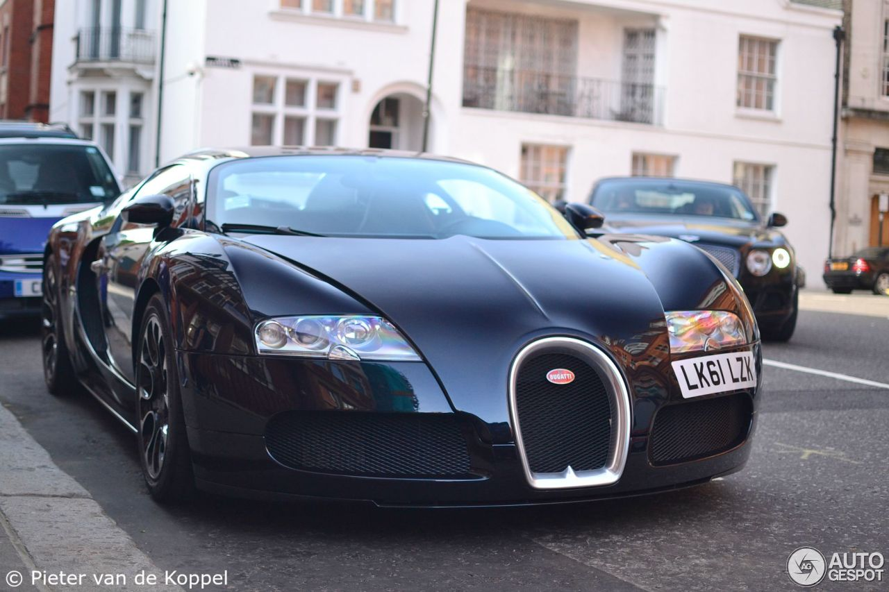 bugatti veyron 16 4 1 august 2015 autogespot. Black Bedroom Furniture Sets. Home Design Ideas