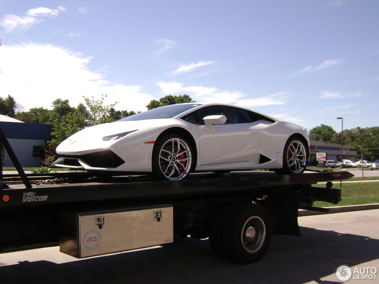 lamborghini huracan official trailer official trailer lamborghini huracan released gtspirit. Black Bedroom Furniture Sets. Home Design Ideas