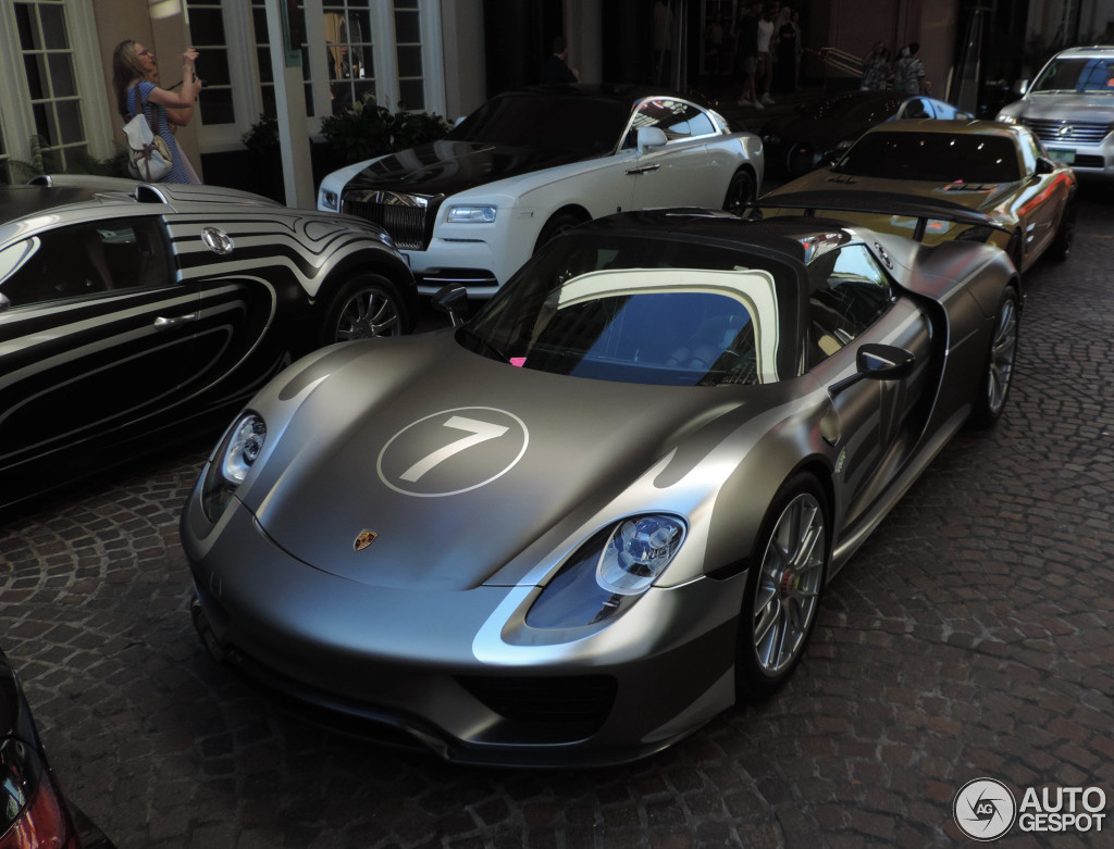 porsche 918 spyder weissach package 5 august 2015 autogespot. Black Bedroom Furniture Sets. Home Design Ideas