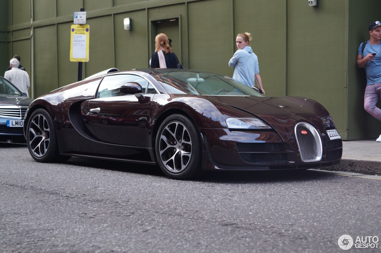 bugatti veyron 16 4 grand sport vitesse 8 august 2015 autogespot. Black Bedroom Furniture Sets. Home Design Ideas