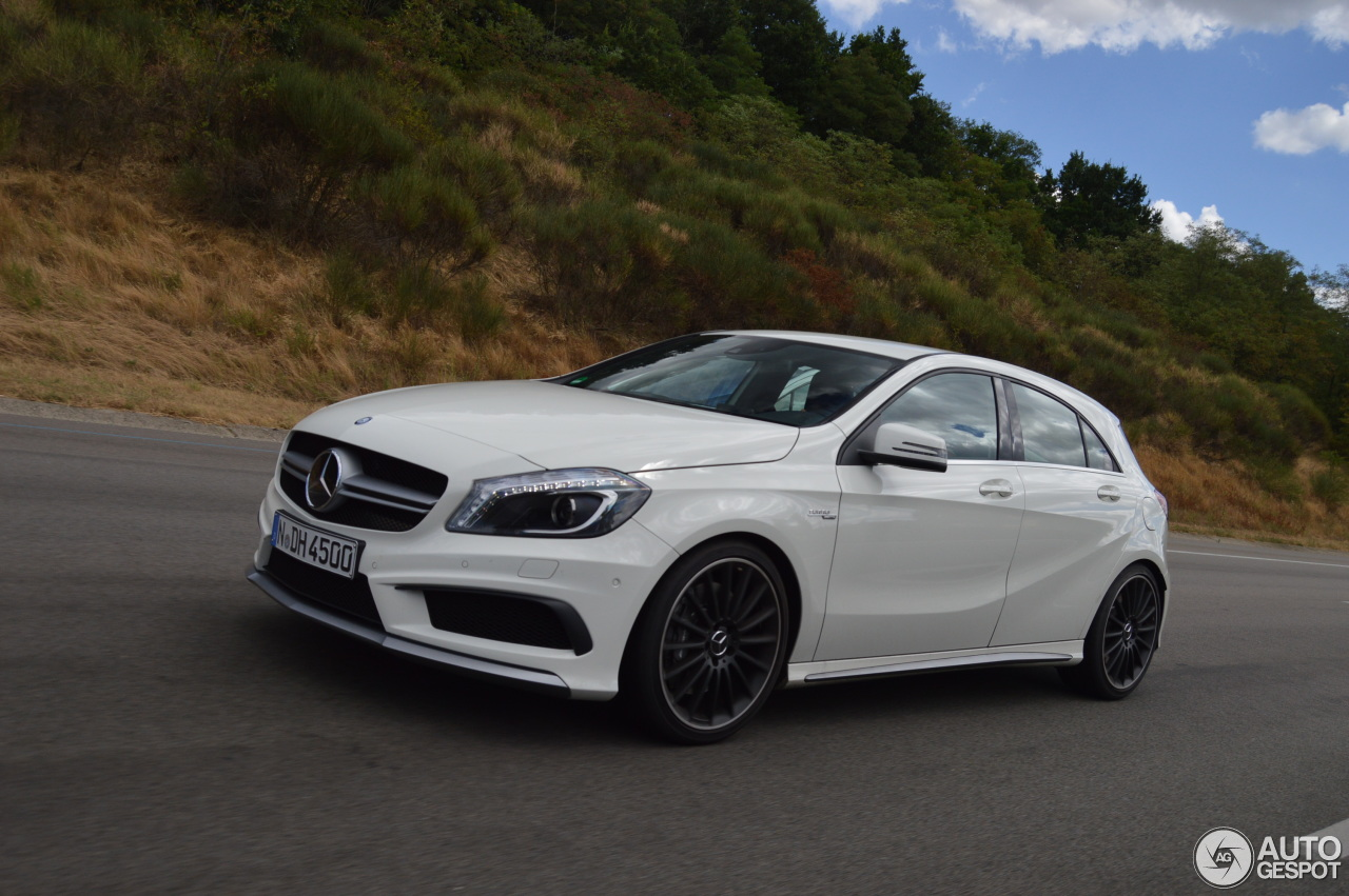 mercedes benz a 45 amg 8 ao t 2015 autogespot. Black Bedroom Furniture Sets. Home Design Ideas