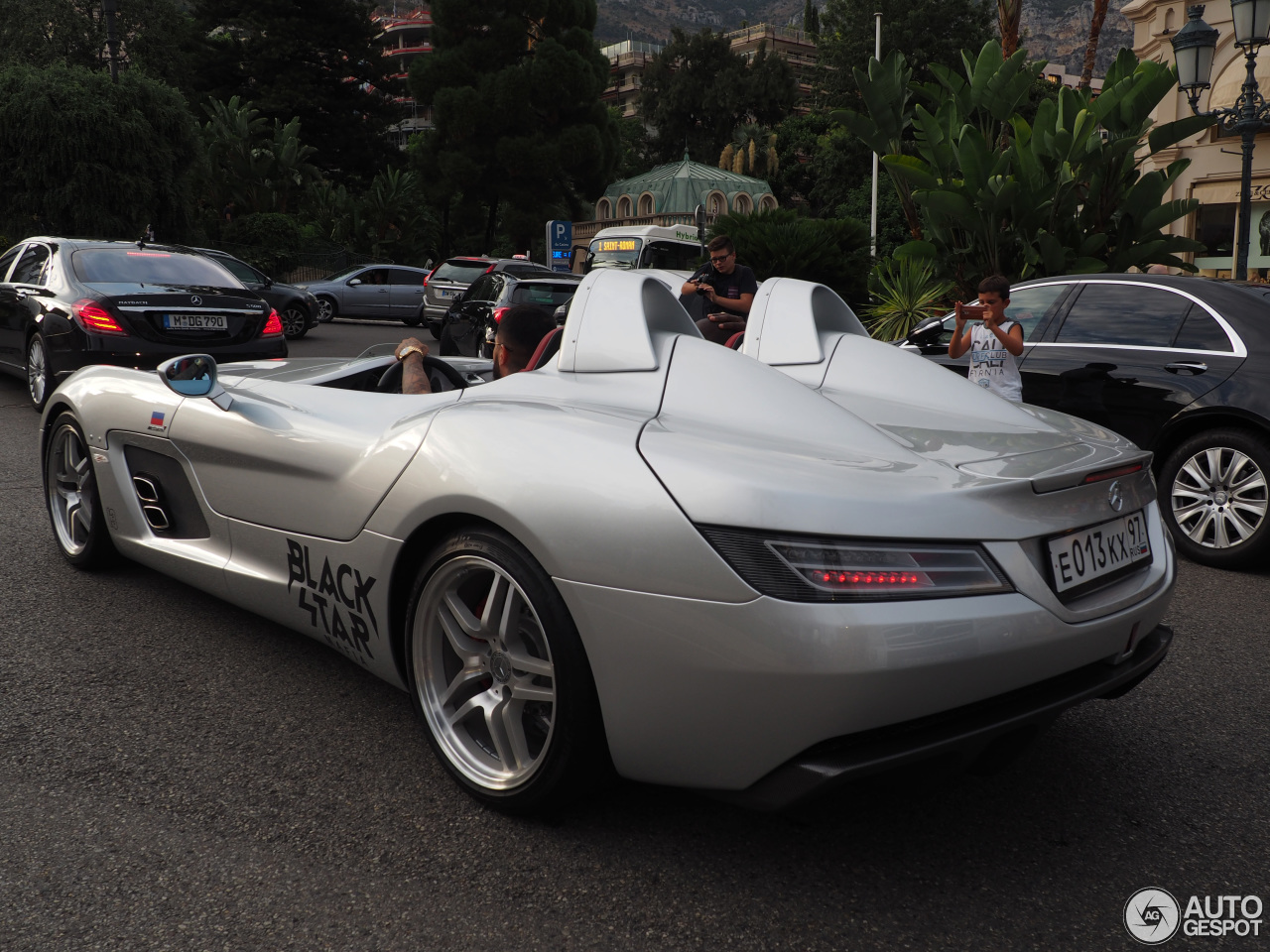 mercedes benz slr mclaren stirling moss 10 august 2015 autogespot. Black Bedroom Furniture Sets. Home Design Ideas