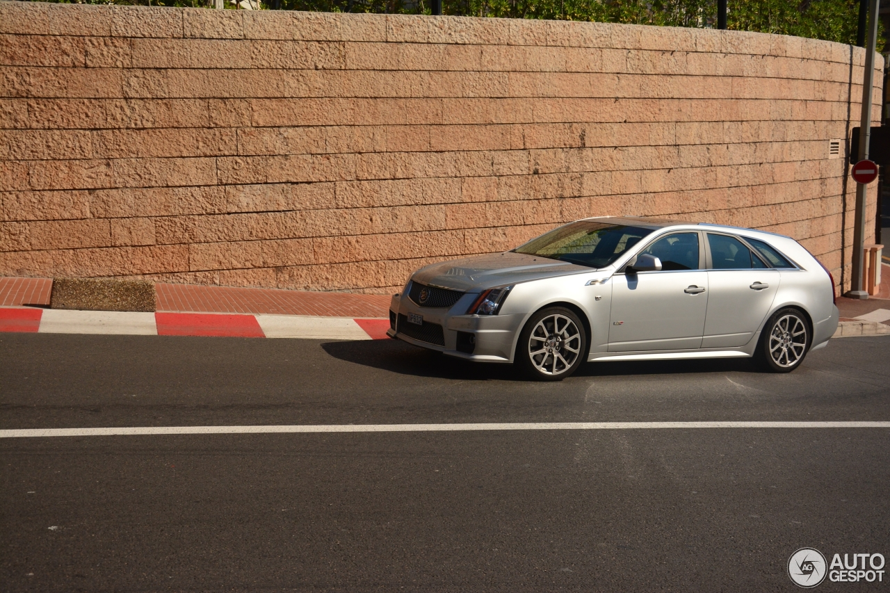 cadillac cts v sport wagon 13 august 2015 autogespot. Black Bedroom Furniture Sets. Home Design Ideas