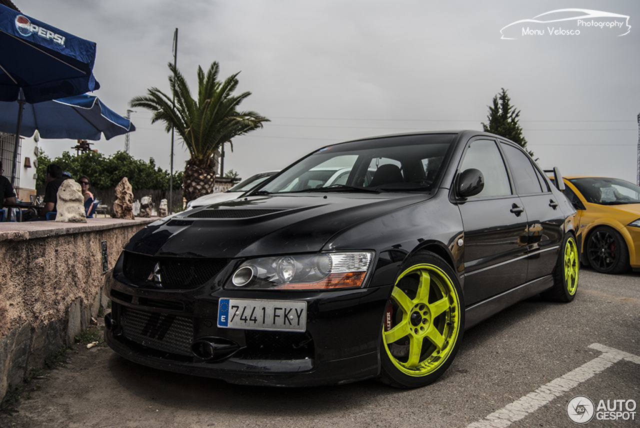 mitsubishi lancer evolution ix mr 16 august 2015 autogespot. Black Bedroom Furniture Sets. Home Design Ideas