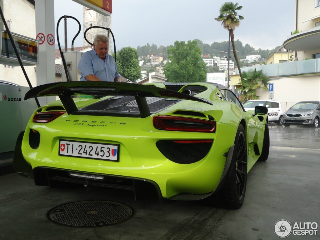 porsche 918 spyder weissach package 16 augustus 2015 autogespot. Black Bedroom Furniture Sets. Home Design Ideas