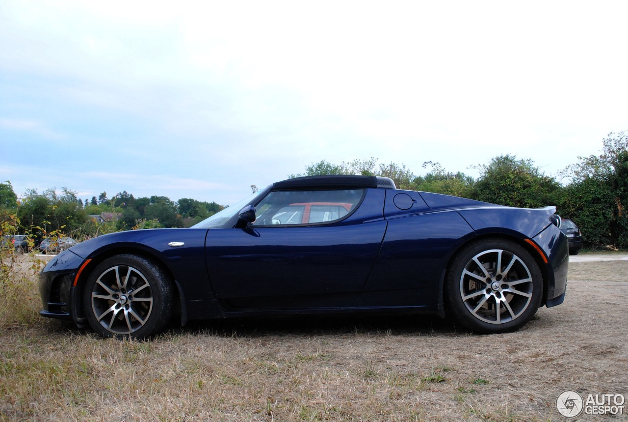 tesla motors roadster 16 ao t 2015 autogespot. Black Bedroom Furniture Sets. Home Design Ideas