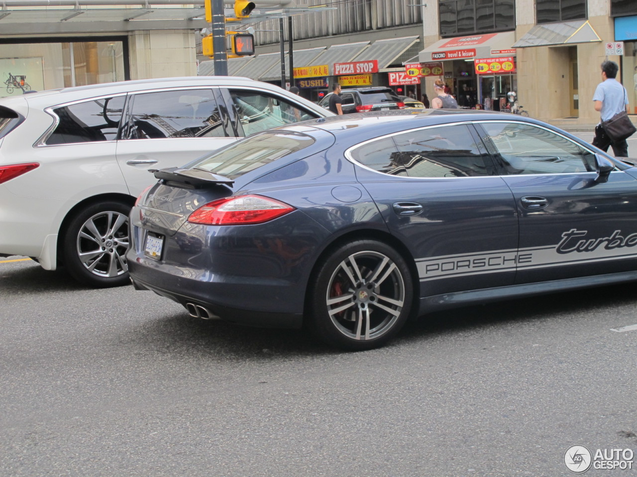 porsche panamera turbo 17 august 2015 autogespot. Black Bedroom Furniture Sets. Home Design Ideas
