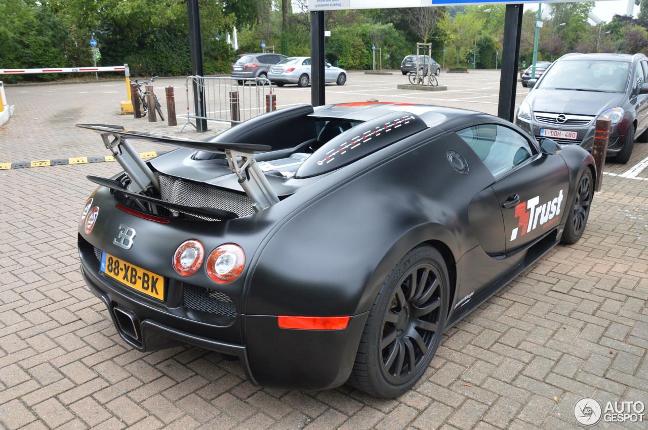 Bugatti Veyron 16 4 18 August 2015 Autogespot