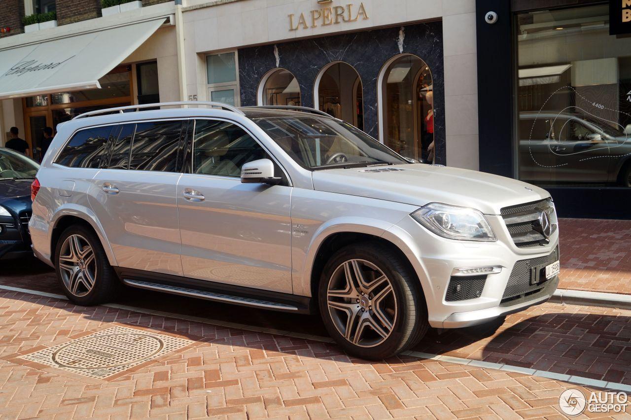 Mercedes benz gl 63 amg x166 21 august 2015 autogespot for Mercedes benz gl amg 2015