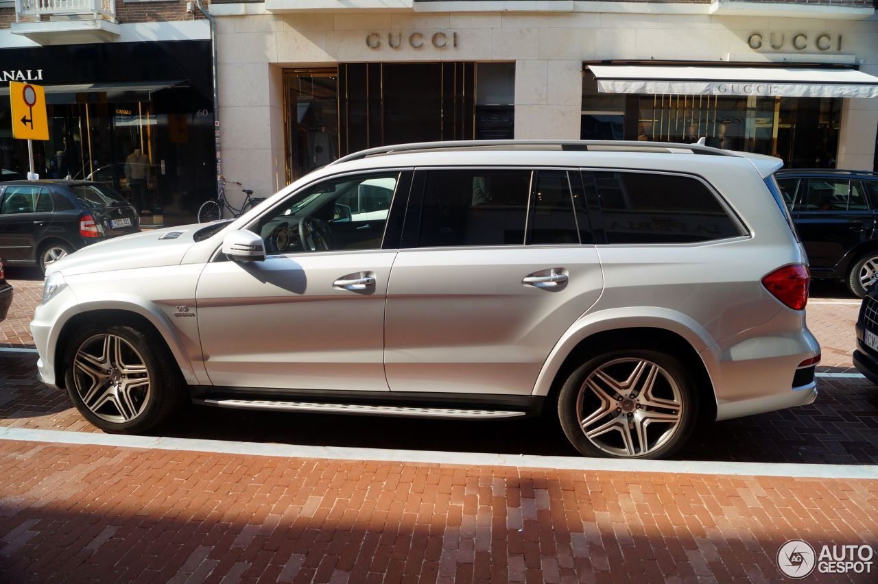 Mercedes benz gl 63 amg x166 21 augustus 2015 autogespot for Mercedes benz gl amg 2015