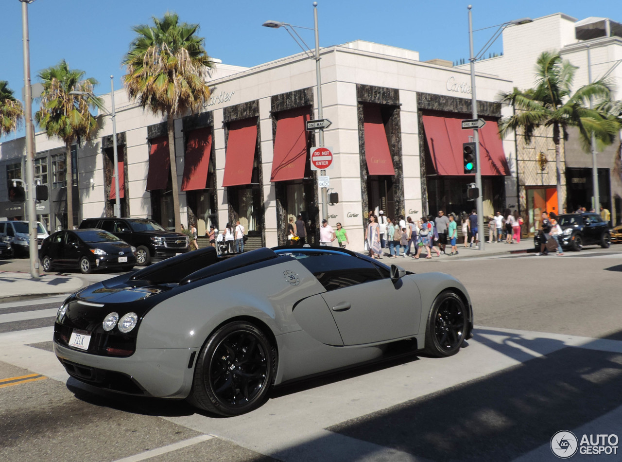 bugatti veyron 16 4 grand sport vitesse 22 august 2015 autogespot. Black Bedroom Furniture Sets. Home Design Ideas