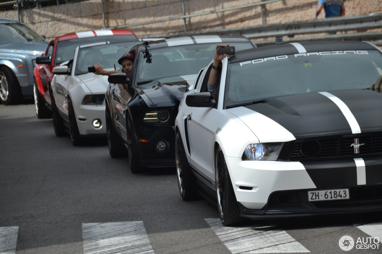 1 i ford mustang shelby gt500 convertible 2010 1