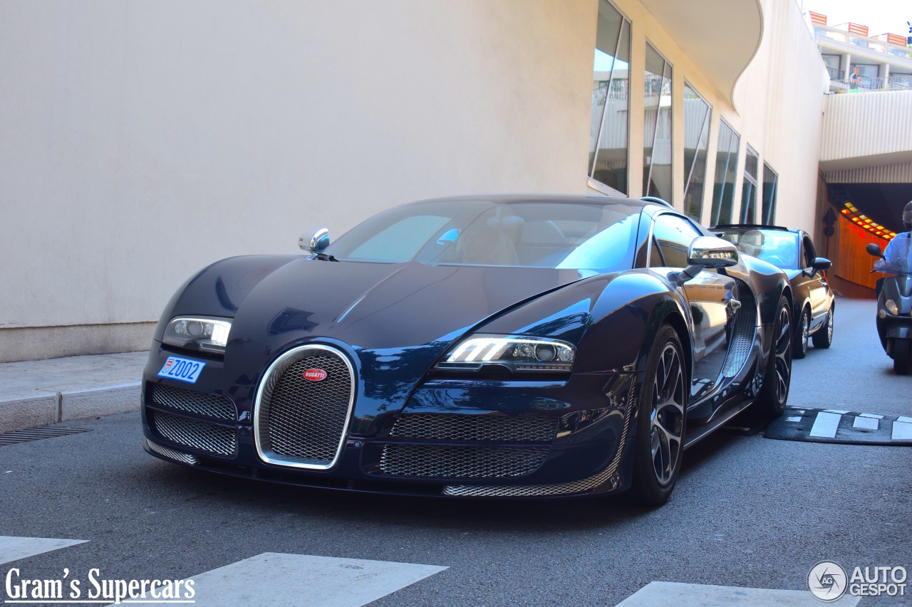 bugatti veyron 16 4 grand sport vitesse 24 august 2015 autogespot. Black Bedroom Furniture Sets. Home Design Ideas