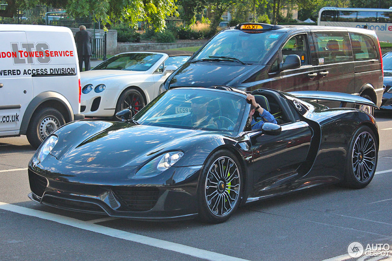 porsche 918 spyder 24 august 2015 autogespot. Black Bedroom Furniture Sets. Home Design Ideas