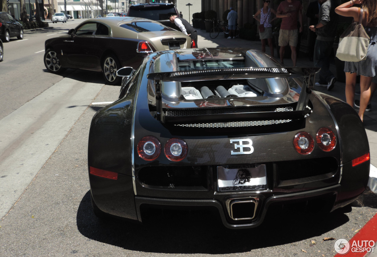 bugatti veyron 16 4 25 august 2015 autogespot. Black Bedroom Furniture Sets. Home Design Ideas