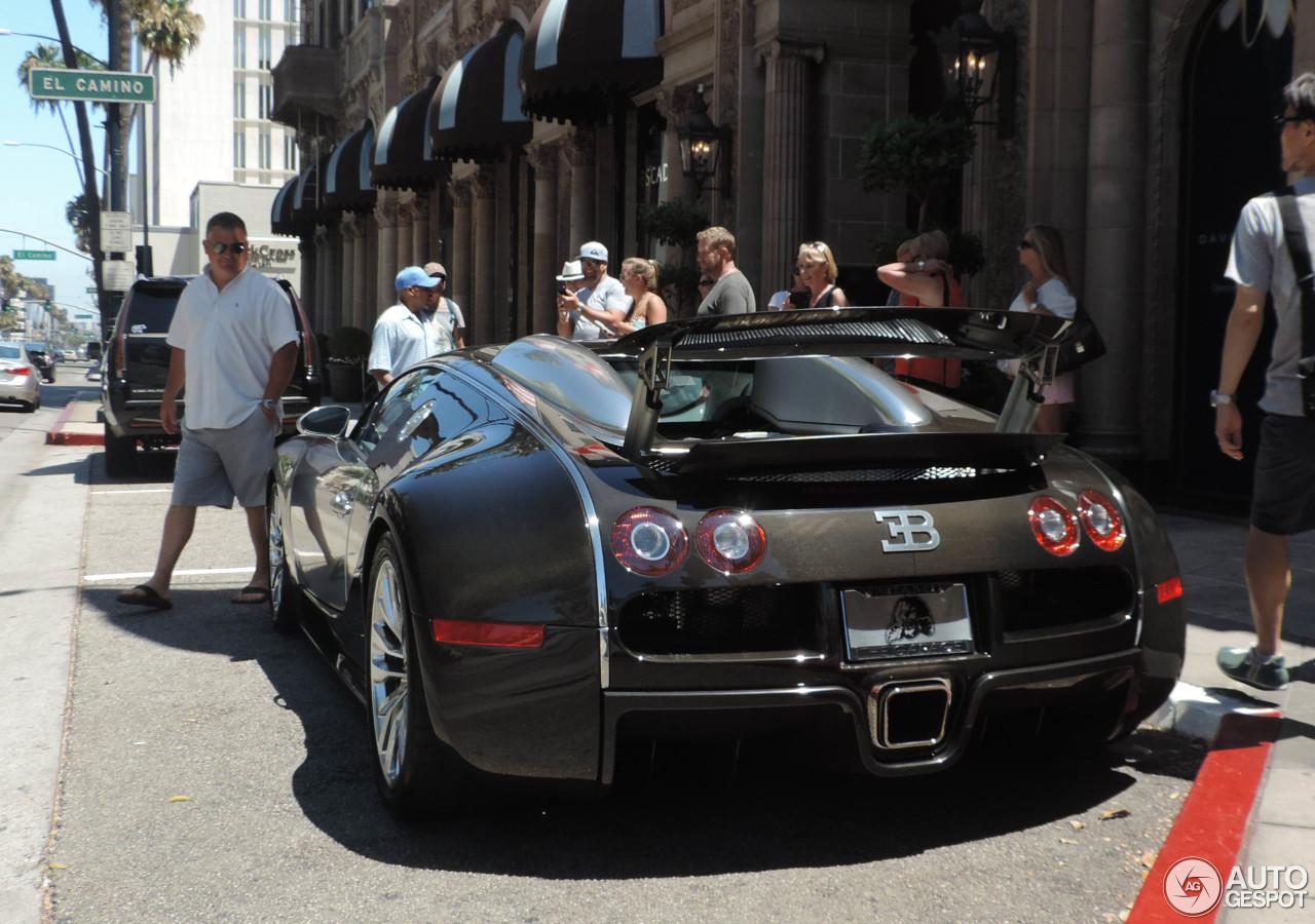 bugatti veyron 16 4 25 august 2015 autogespot. Black Bedroom Furniture Sets. Home Design Ideas