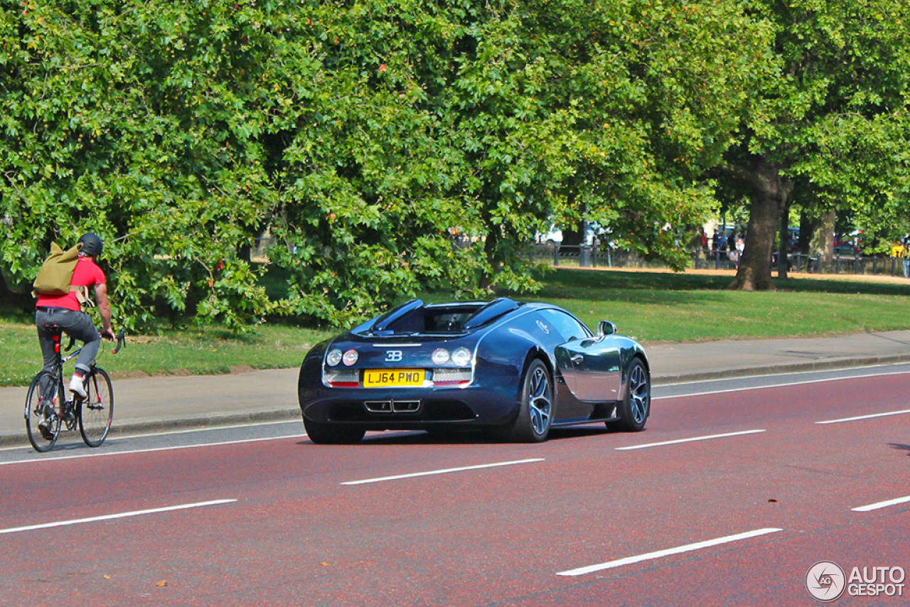 bugatti veyron 16 4 grand sport vitesse 25 augustus 2015 autogespot. Black Bedroom Furniture Sets. Home Design Ideas