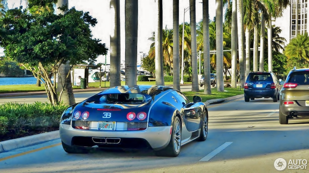 bugatti veyron 16 4 super sport 25 august 2015 autogespot. Black Bedroom Furniture Sets. Home Design Ideas