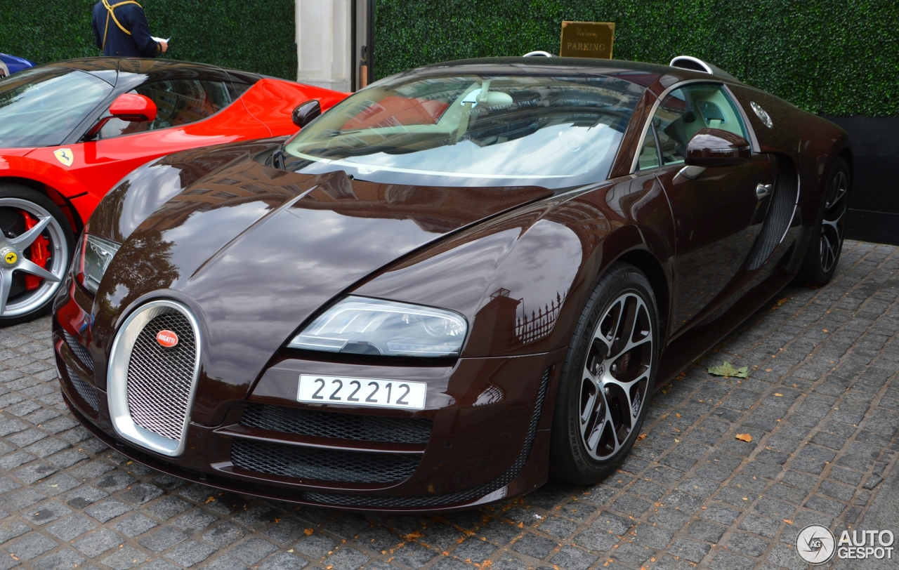 bugatti veyron 16 4 grand sport vitesse 26 august 2015 autogespot. Black Bedroom Furniture Sets. Home Design Ideas