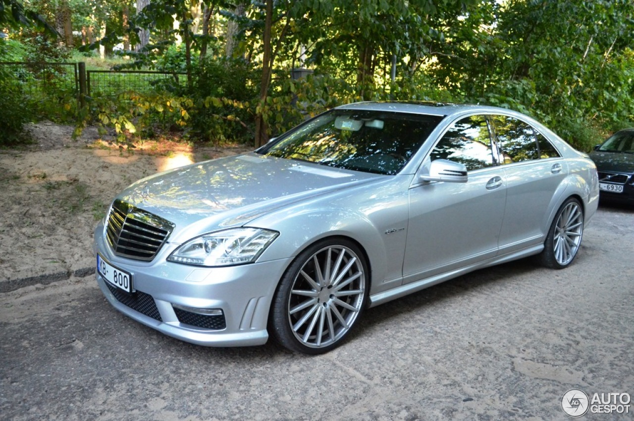 Mercedes benz s 63 amg w221 2010 26 august 2015 autogespot for Mercedes benz w221 price