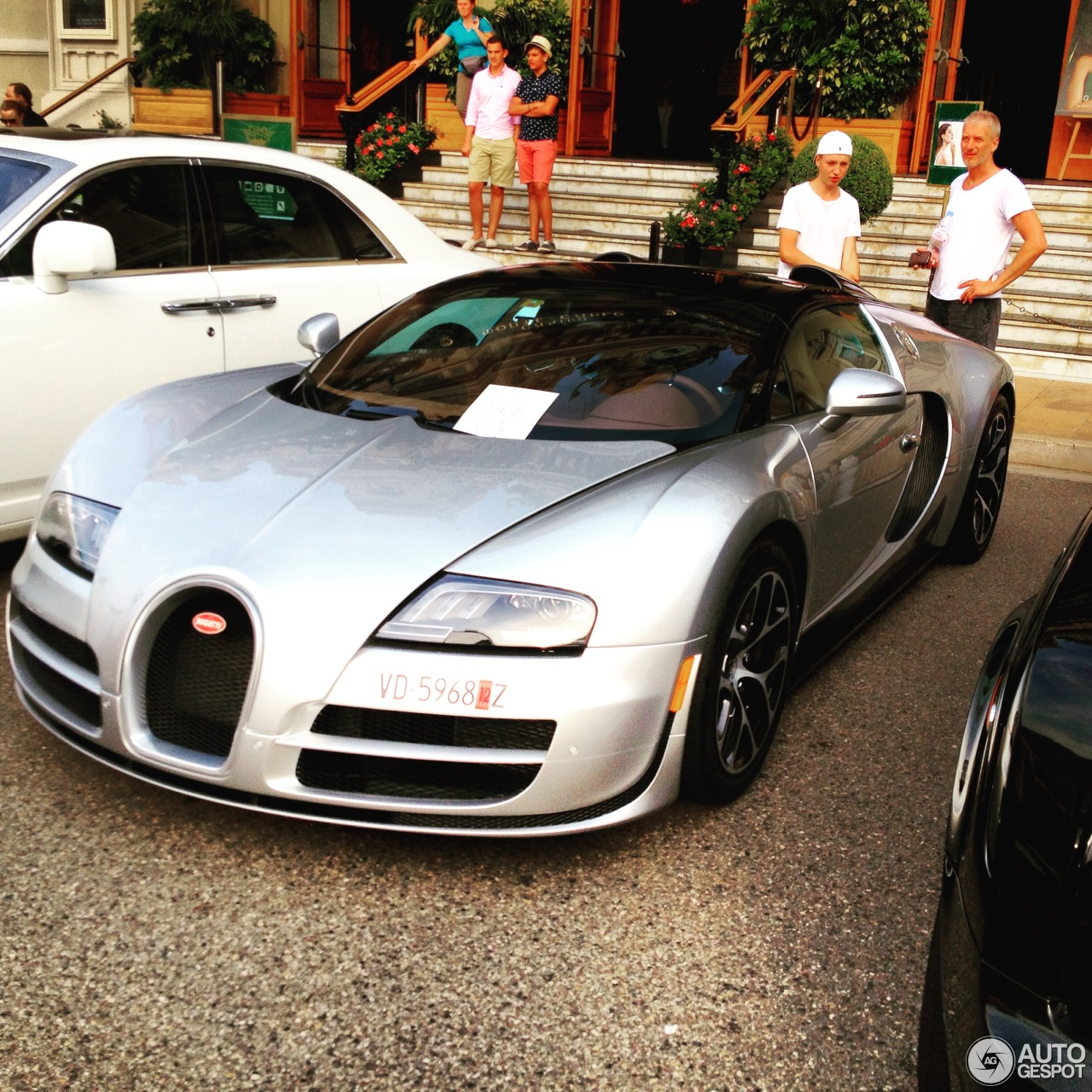 bugatti veyron 16 4 grand sport vitesse 27 august 2015 autogespot. Black Bedroom Furniture Sets. Home Design Ideas