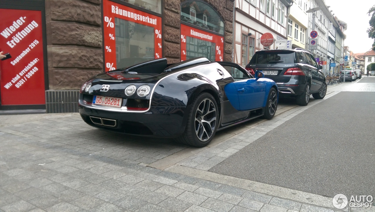 bugatti veyron 16 4 grand sport vitesse 28 august 2015 autogespot. Black Bedroom Furniture Sets. Home Design Ideas