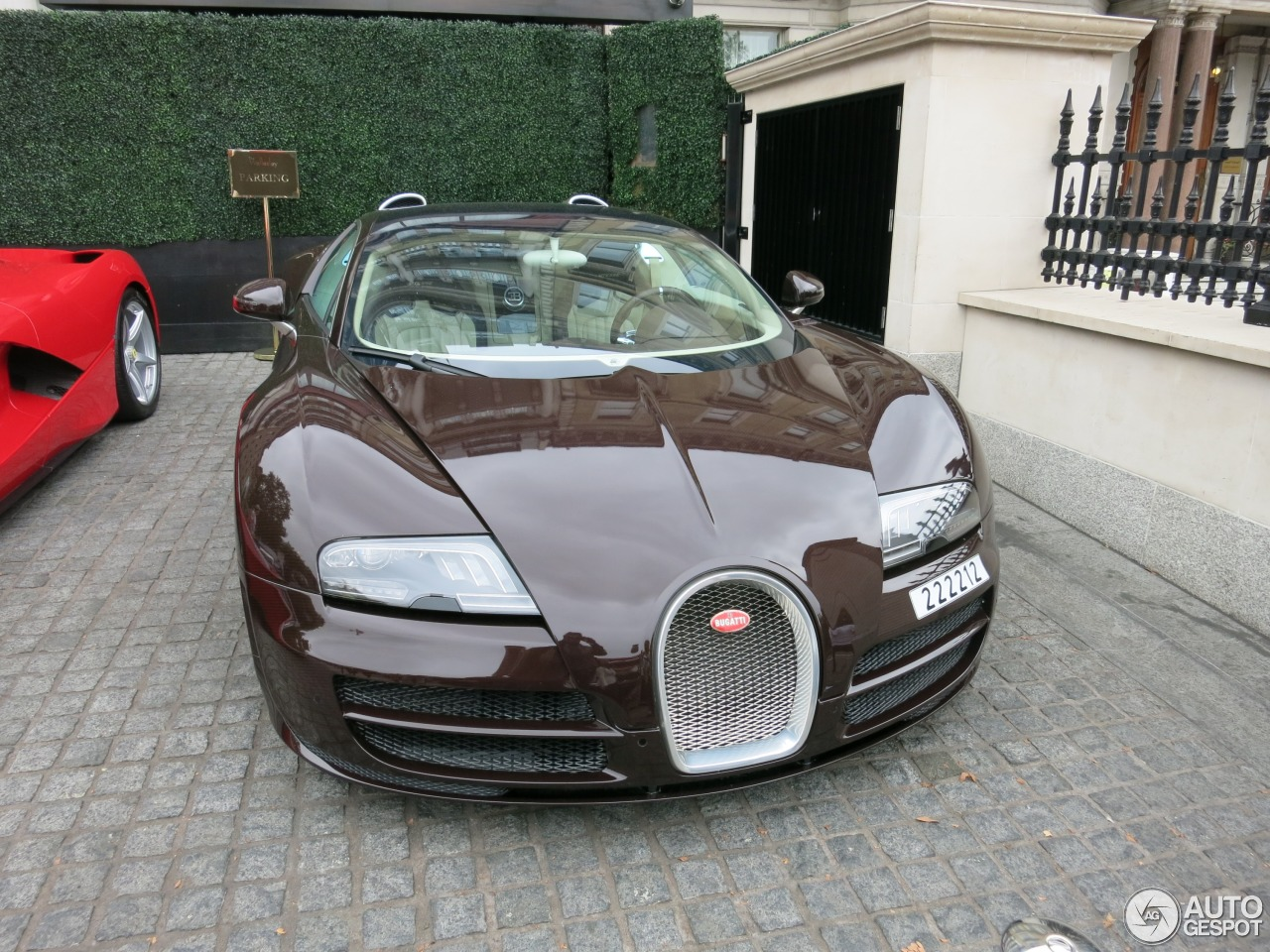 bugatti veyron 16 4 grand sport vitesse 31 august 2015 autogespot. Black Bedroom Furniture Sets. Home Design Ideas
