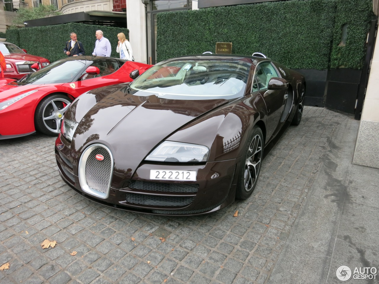 bugatti veyron 16 4 grand sport vitesse 31 august 2015. Black Bedroom Furniture Sets. Home Design Ideas