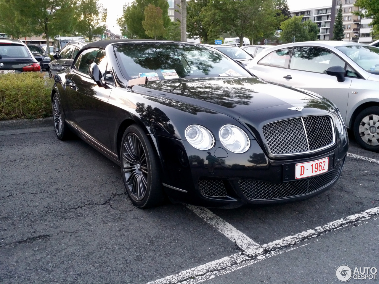 bentley continental gtc speed 2 september 2015 autogespot. Black Bedroom Furniture Sets. Home Design Ideas
