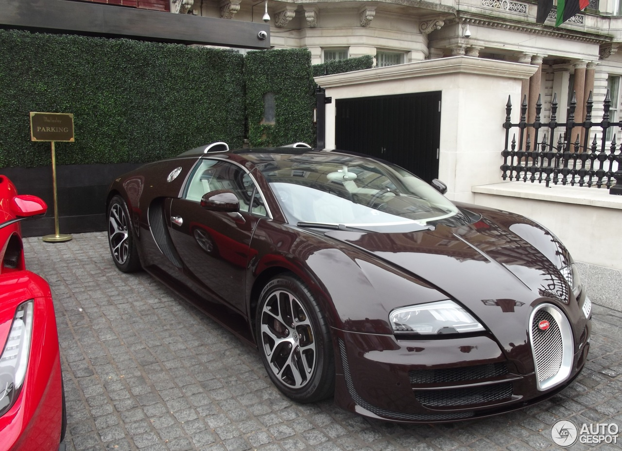bugatti veyron 16 4 grand sport vitesse 2 september 2015 autogespot. Black Bedroom Furniture Sets. Home Design Ideas