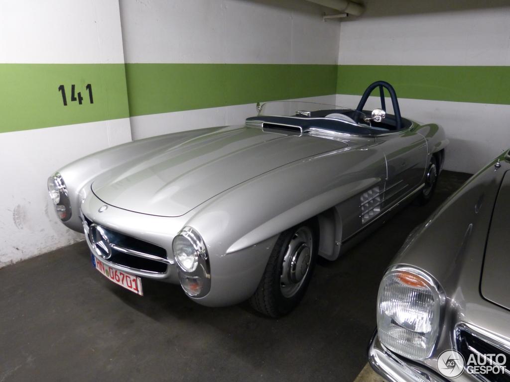Mercedes benz 300 sls 5 september 2015 autogespot for Mercedes benz 300 2015