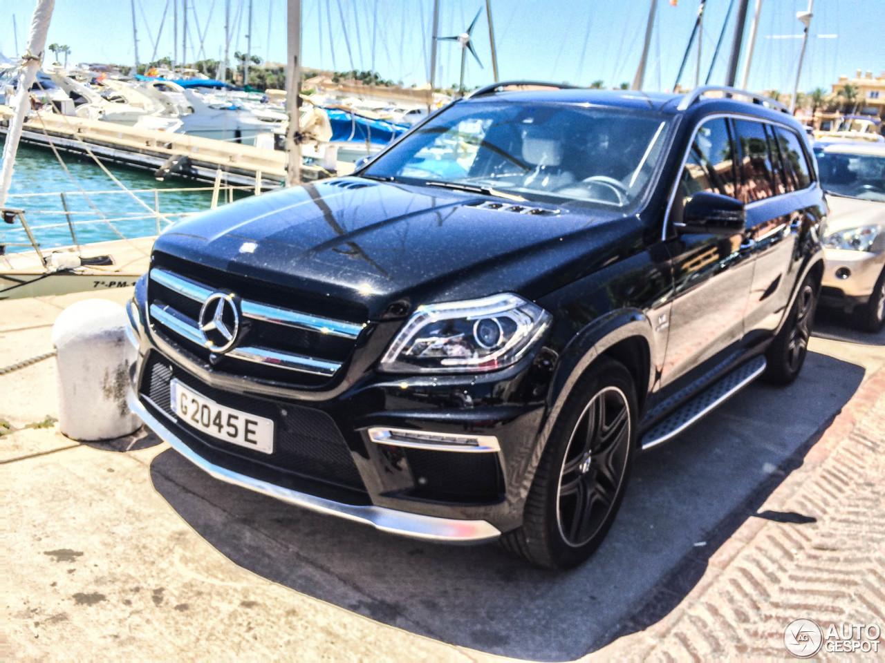 Mercedes benz gl 63 amg x166 5 september 2015 autogespot for Mercedes benz gl amg 2015