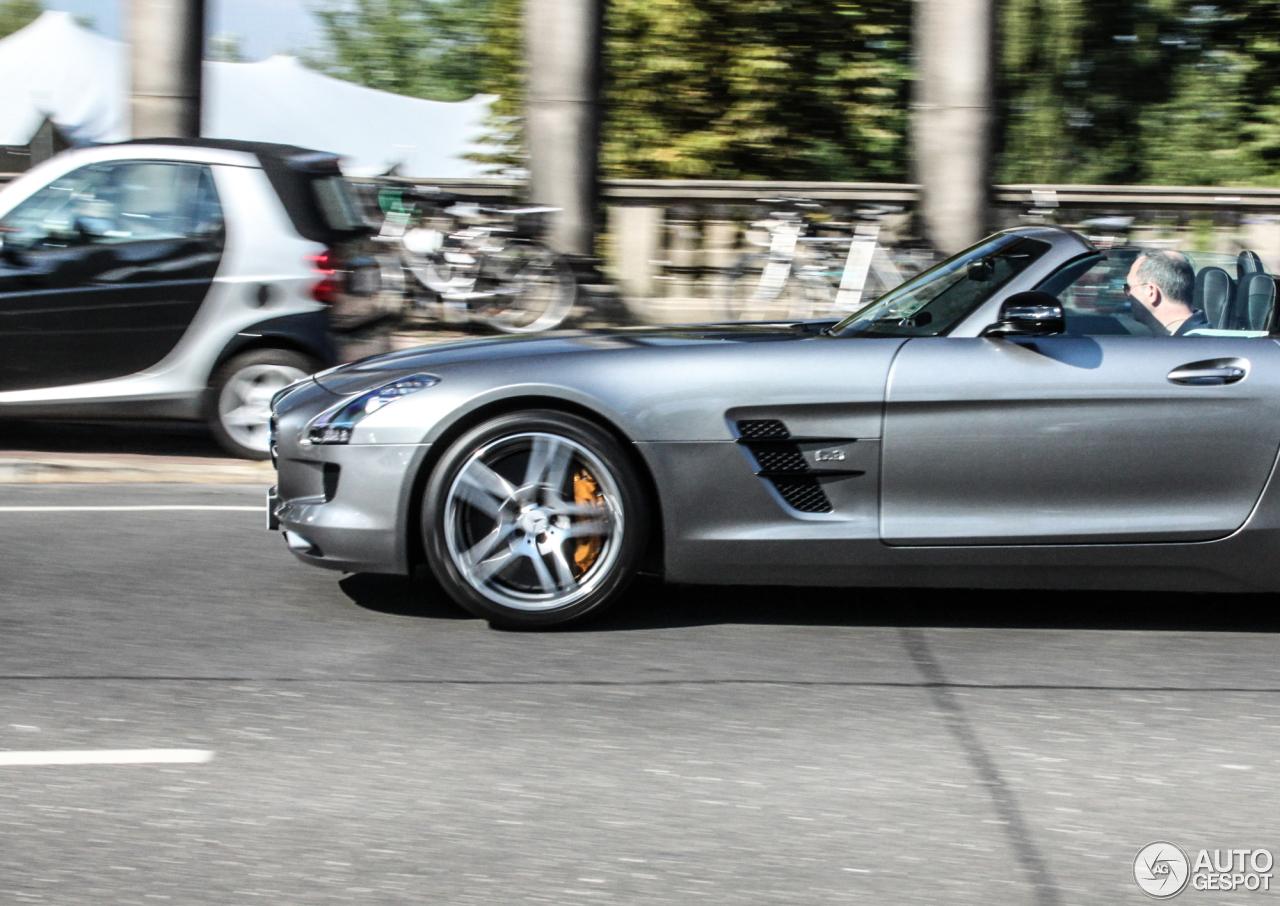 Mercedes benz sls amg gt roadster 5 september 2015 for 2015 mercedes benz sls amg convertible