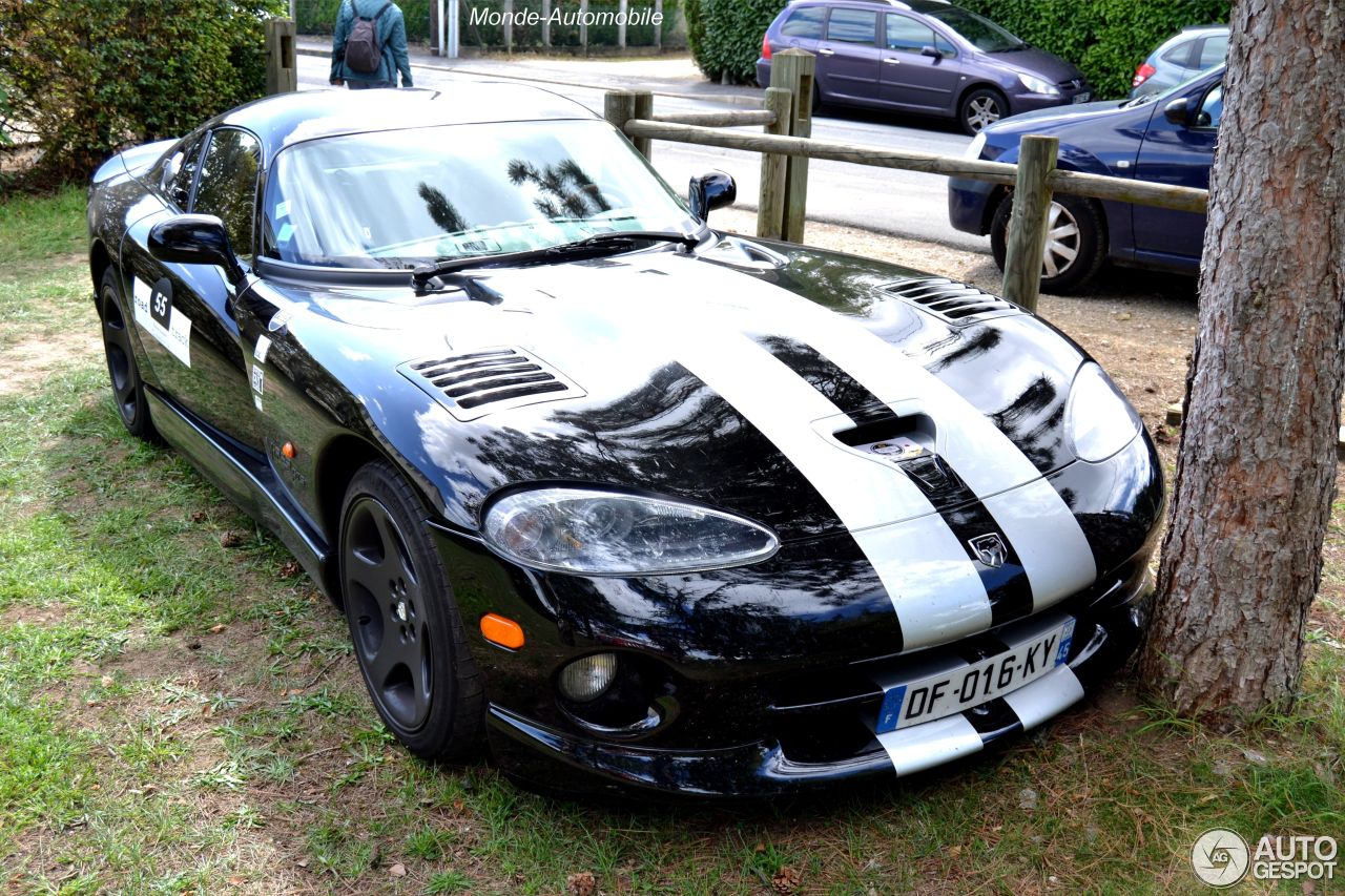 dodge viper gts 6 september 2015 autogespot. Black Bedroom Furniture Sets. Home Design Ideas