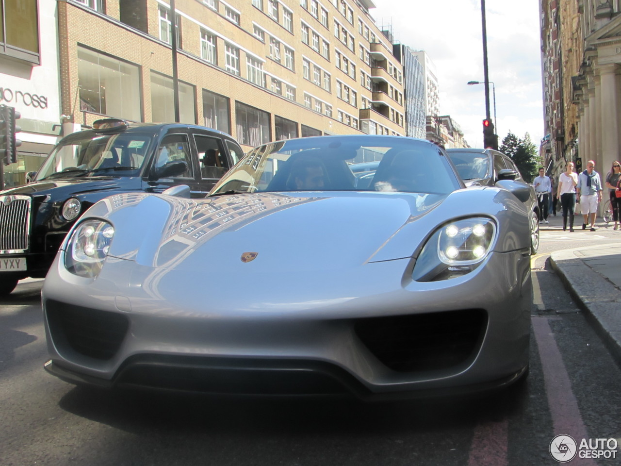 porsche 918 spyder 6 september 2015 autogespot. Black Bedroom Furniture Sets. Home Design Ideas