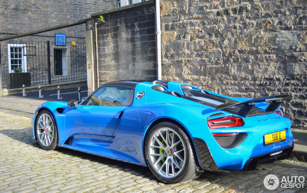 porsche 918 spyder weissach package 7 september 2015 autogespot. Black Bedroom Furniture Sets. Home Design Ideas