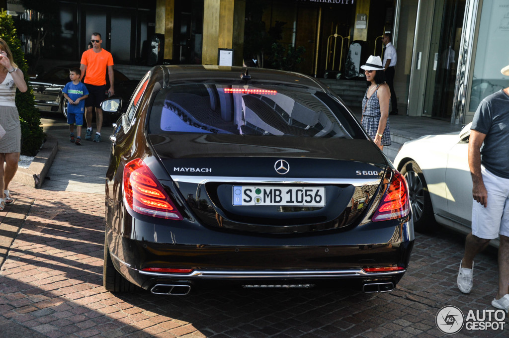 mercedes maybach s600 19 septembre 2015 autogespot. Black Bedroom Furniture Sets. Home Design Ideas