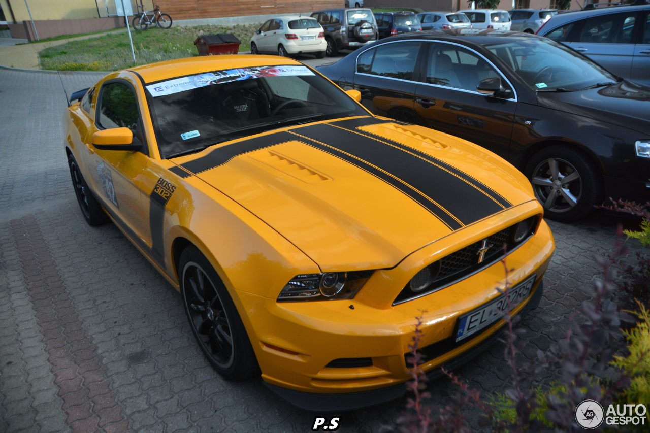 ford mustang boss 302 2013 21 september 2015 autogespot. Black Bedroom Furniture Sets. Home Design Ideas