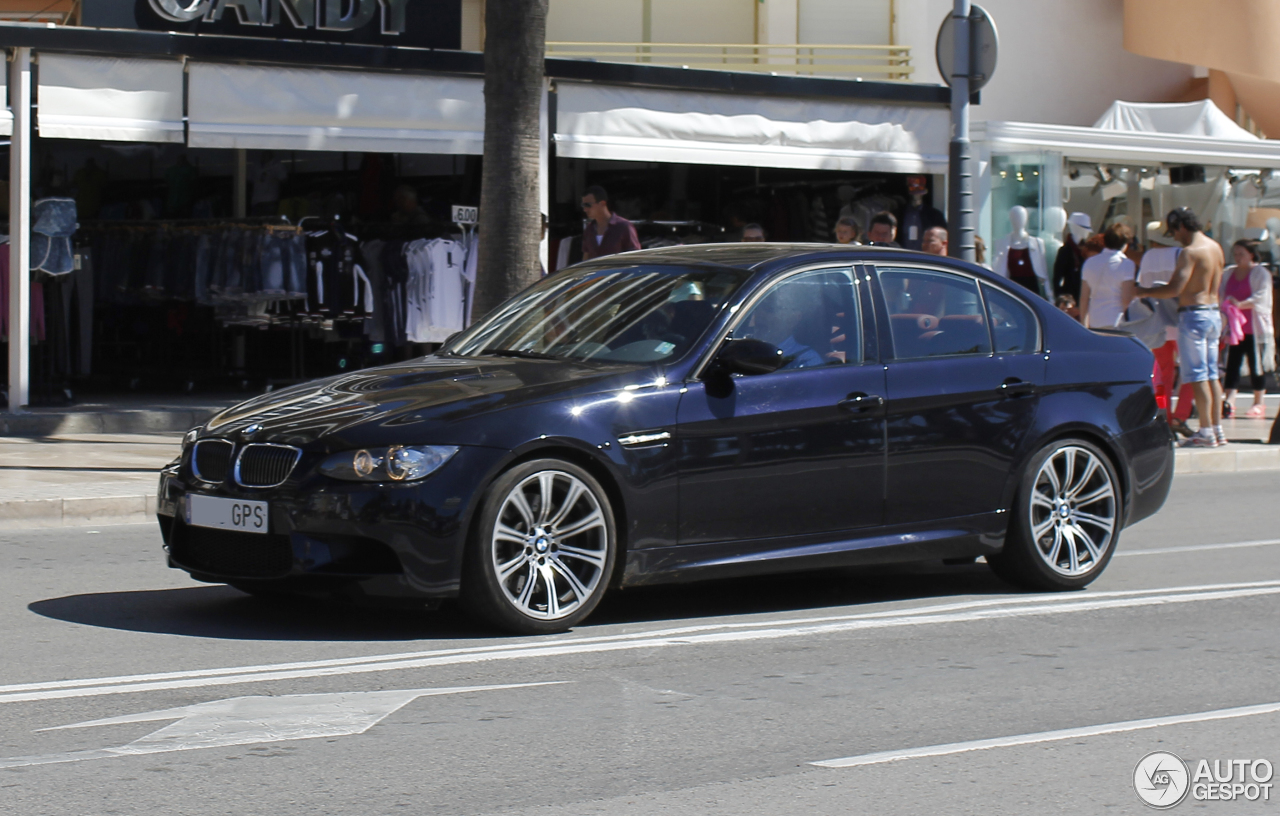 bmw m3 e90 sedan 2008 22 september 2015 autogespot. Black Bedroom Furniture Sets. Home Design Ideas