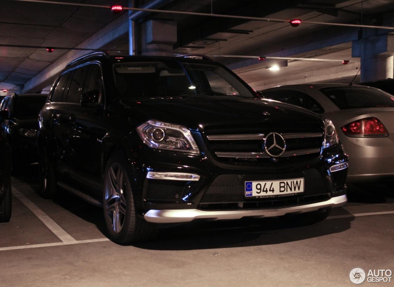 Mercedes benz gl 63 amg x166 25 september 2015 autogespot for Mercedes benz gl amg 2015